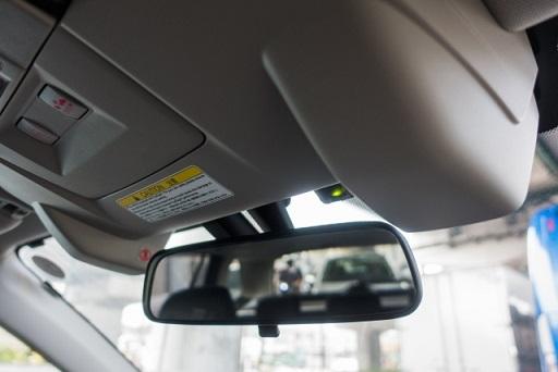 車載カメラ用検査装置の特注制作を承ります
